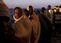 Возле берегов Испании за 3 дня нашли 2000 беженцев