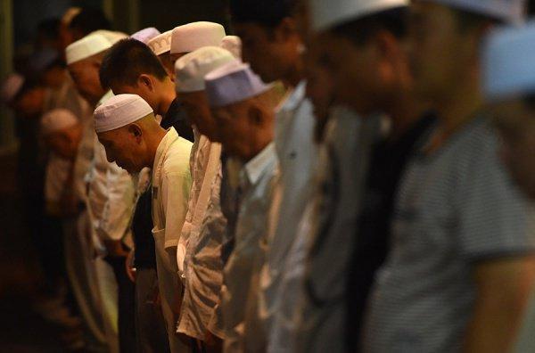 Власти Китая продолжают принимать ограничительные меры в отношении мусульман.