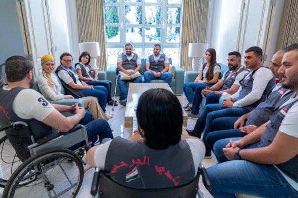 Канцелярия президента Сирии опубликовала фото Асмы Асад после химиотерапии (Фото)
