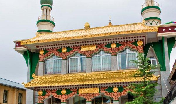 Одна из самых высоких мечетей на Земле находится в Китае (ФОТО)