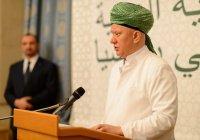 Альбир Крганов подарил мусульманскому ЮНЕСКО старинную исламскую рукопись