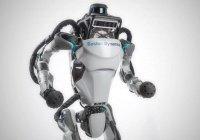 Робот Atlas стал мастером паркура (ВИДЕО)