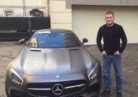 Кадыров подарил Нурмагомедову Mercedes