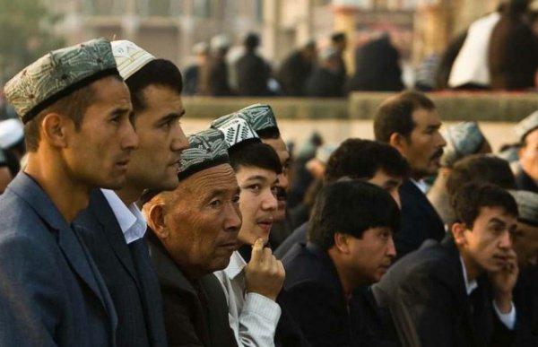 """По данным ООН, в """"лагерях перевоспитания"""" могут находиться до миллиона уйгуров."""