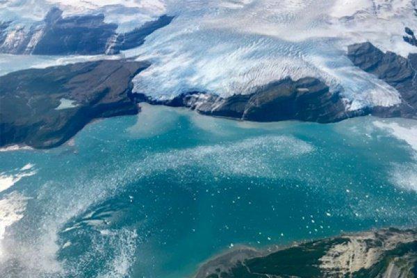 Толщина ледяного покрова с 1958 года уменьшилась в 3 раза, а площадь многолетнего льда сократилась на 2 млн. квадратных километров