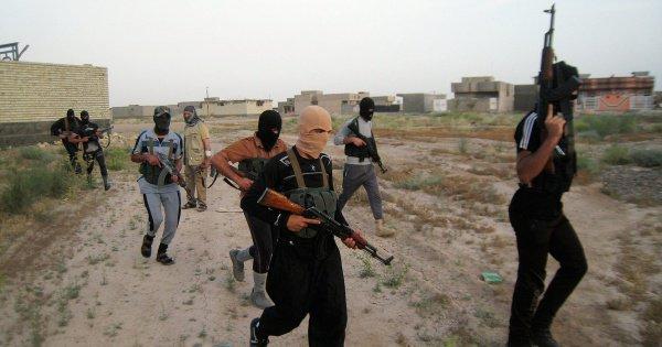 Власти Бельгии назвали число граждан страны в ИГИЛ.