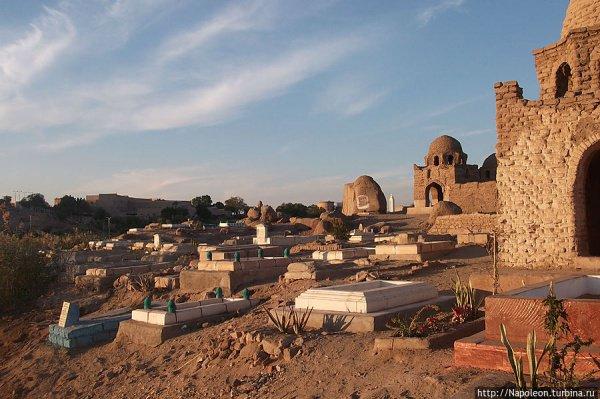 Работники кладбищ распродавали останки похороненных.