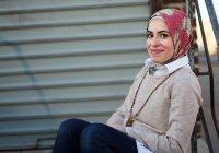 Мусульманка в хиджабе прочла рэп о борьбе с депрессией (Видео)