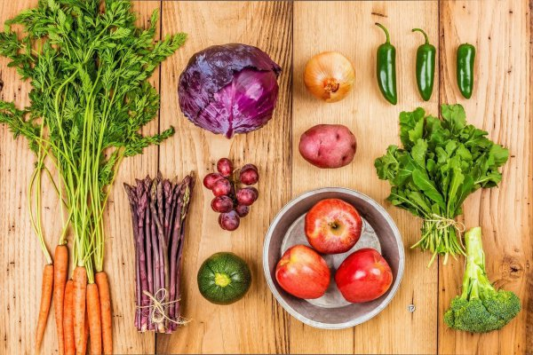 Пищевая промышленность производит избыточные объемы жиров, зерна и сахаров