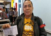 В Индонезии пробки спасли мужчине жизнь