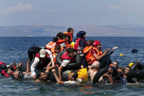 В ООН отметили рост смертности при попытке пересечь Средиземное море.