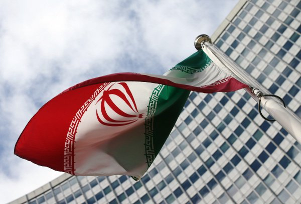 Трамп пообещал «постепенное» введение нефтяных санкций против Ирана.
