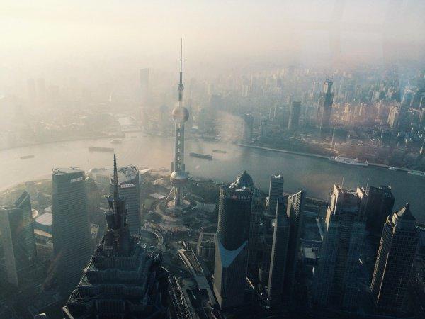По словам специалистов, к 2030 году КНР сместит США и Германию с ведущих позиций
