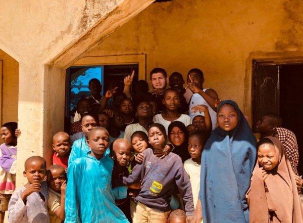 Хабиб Нурмагомедов в Нигерии.