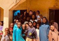 Хабиб Нурмагомедов прибыл в Нигерию