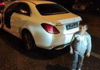 Кадыров подарил Mercedes отжавшемуся 4 тысячи раз мальчику
