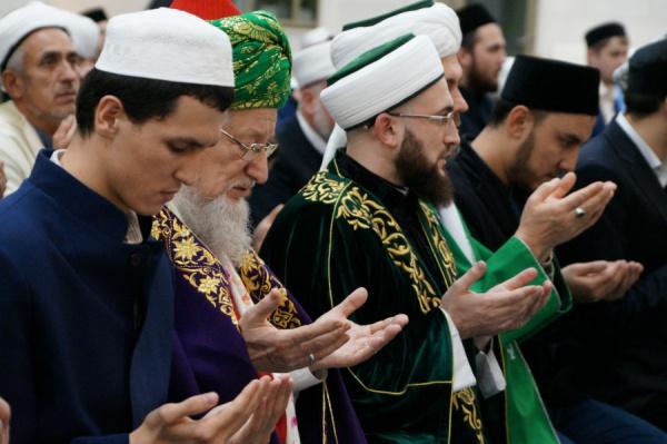 Мавлиды в мечетях города Казани