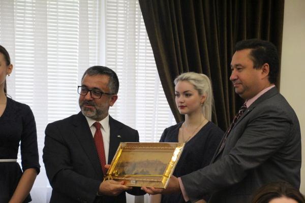 «Ислам в мультикультурном мире» - новая ступень роста российского исламоведения
