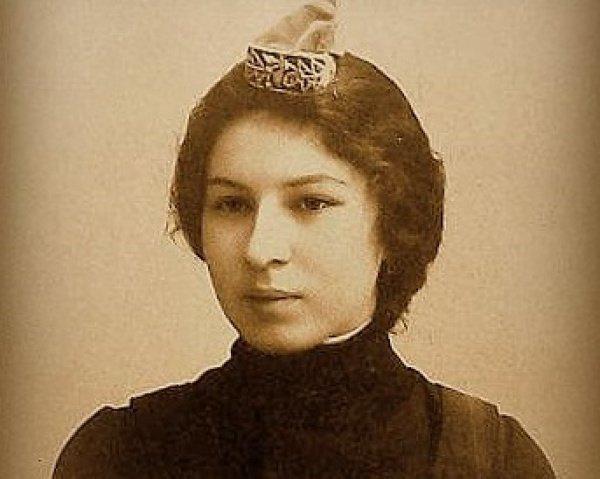 Сара Шакулова