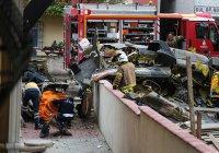 Военный вертолет рухнул на городскую улицу в Турции, есть жертвы