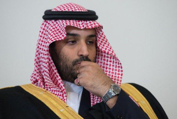 Принц Мухаммед готовится к возможному перевороту.