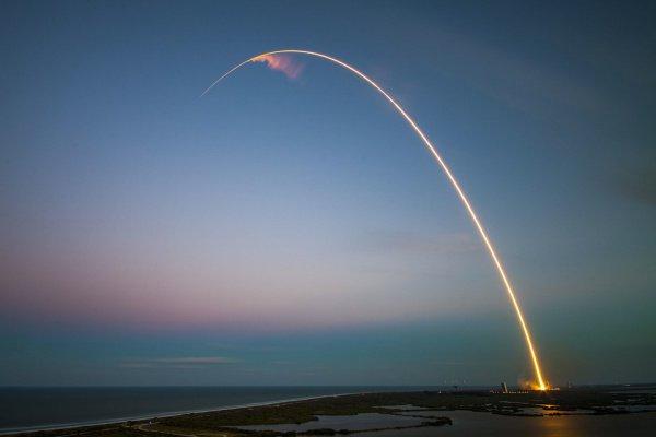 Ракету запустили 5 декабря с базы ВВС США во Флориде вместе с космическим кораблем Dragon