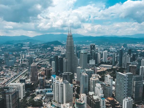 Идеальная страна для халяль путешествия: как выгодно съездить в Малайзию?