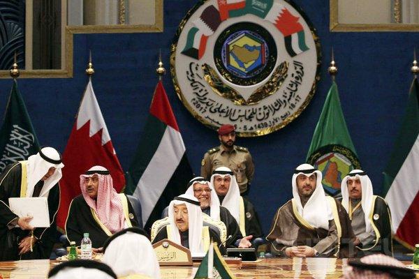 В Совет сотрудничества арабских государств Персидского залива входит 6 государств.