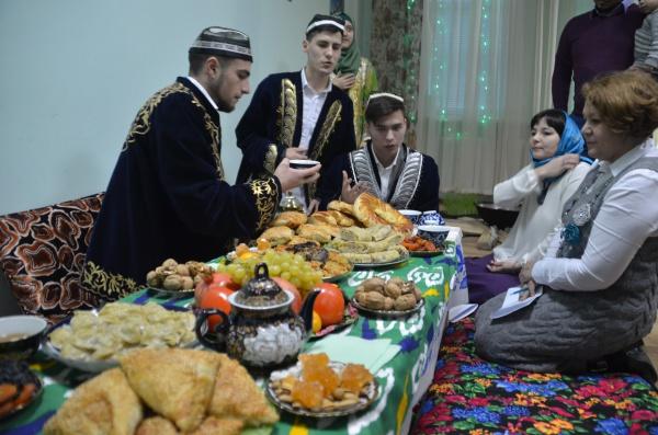 Лучшие моменты X Студенческого фестиваля культуры мусульманских народов (ФОТОРЕПОРТАЖ)