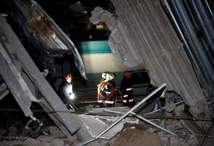 Скоростной поезд сошел с рельсов в Анкаре (ВИДЕО)