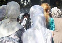 В Таджикистане хотят законодательно запретить хиджаб