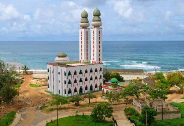 Мечеть на берегу океана: как была построена архитектурная жемчужина Сенегала?