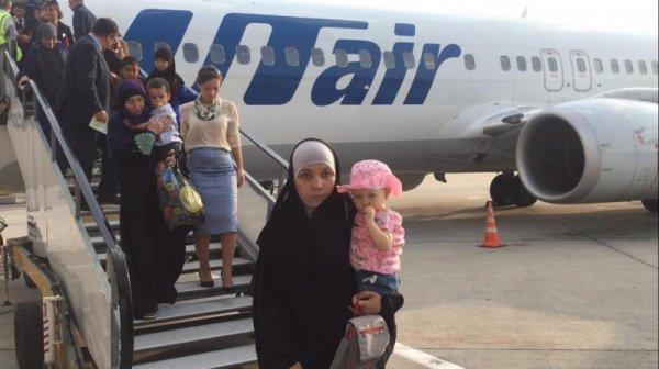 В Казахстан из Сирии и Ирака вернулись около 100 детей