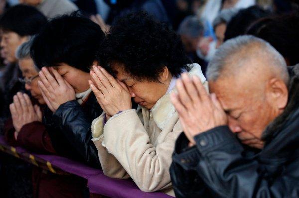 Власти Китая продолжают оказывать давление на религиозные общины.