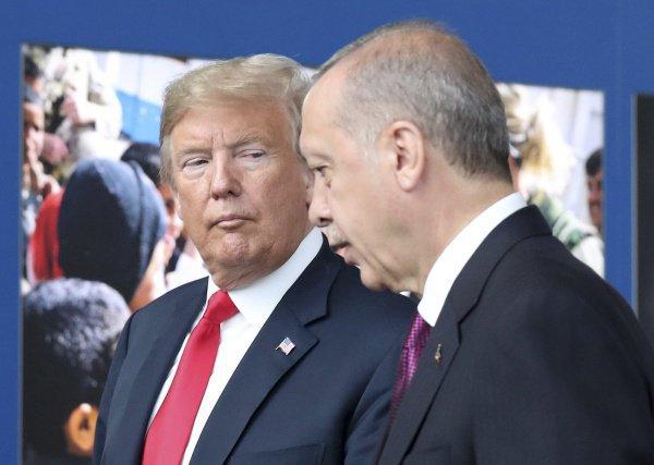 Дональд Трамп может посетить Турцию.