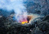 Вулкан Этна проснулся на Сицилии