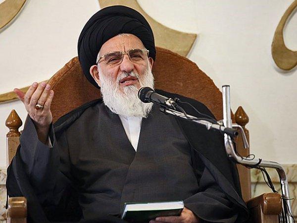 Аятолла Махмуд Хашеми Шахруди.