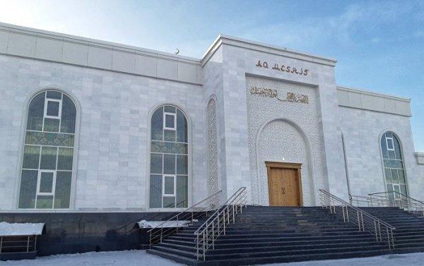 Новая мечеть в Астане.