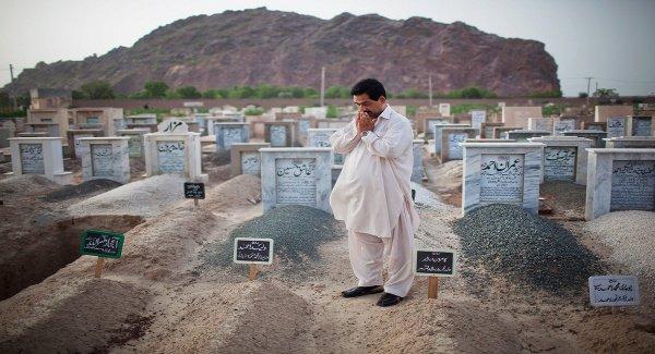 Можно ли посещать могилы?