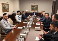 Муфтий встретился с заместителем министра иностранных дел Турции