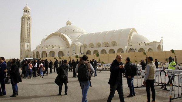 Новая каирская мечеть.