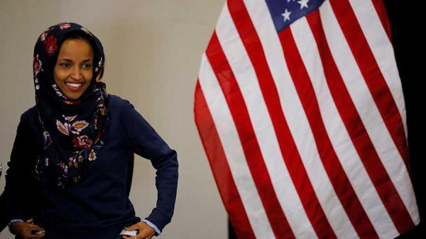 Ильхан Омар (Фото: REUTERS/Brian Snyder)