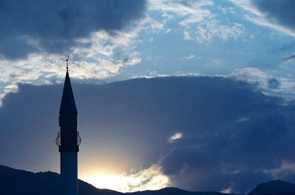 Соборная мечеть Магаса до сих пор не достроена.
