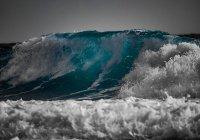 Ученые: глобальное потепление усиливает океанские волны