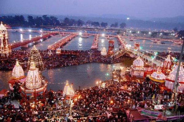 Фестиваль Кумбха-Мела.