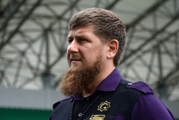 Рамзан Кадыров опроверг наличие чеченских батальонов на Донбассе.