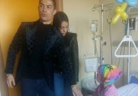 Криштиану Роналду навестил больную раком девочку из Киргизии