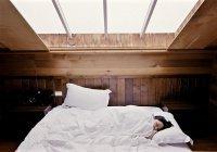 Названа смертельная угроза долгого сна