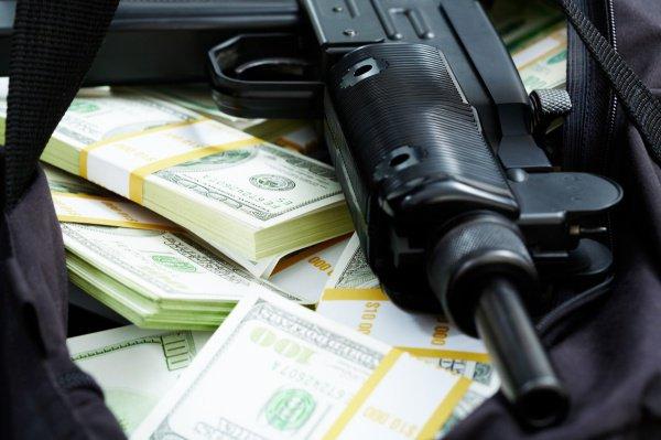 Преступная группа отправила в ИГИЛ 10 миллионов рублей.