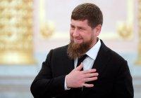 Кадыров поручил повысить зарплату медиков за счет чиновников